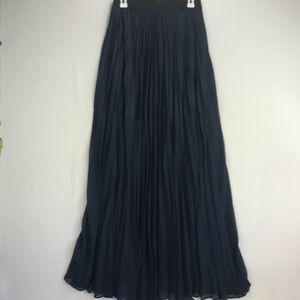 BCBG MAXAZRIA Navy Blue Pleated Maxi Skirt Size S